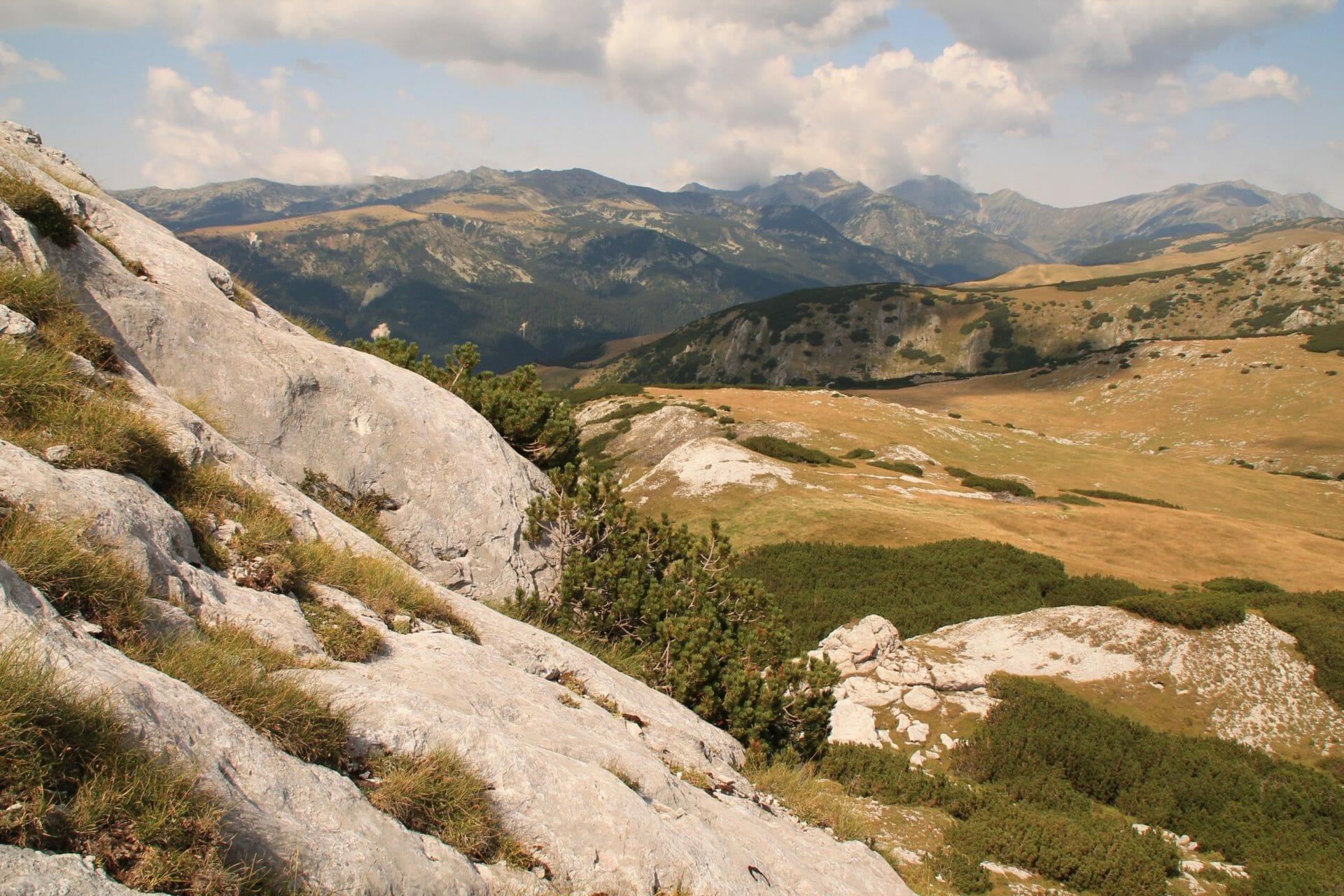 A Jorgován-kő mészkövei (Kis-Retyezát)
