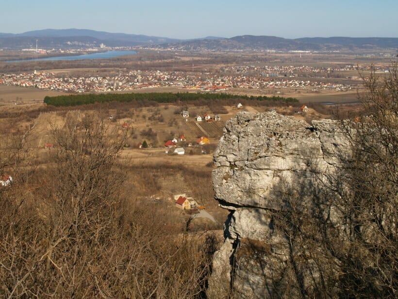 Travertínó-plató a Duna felett