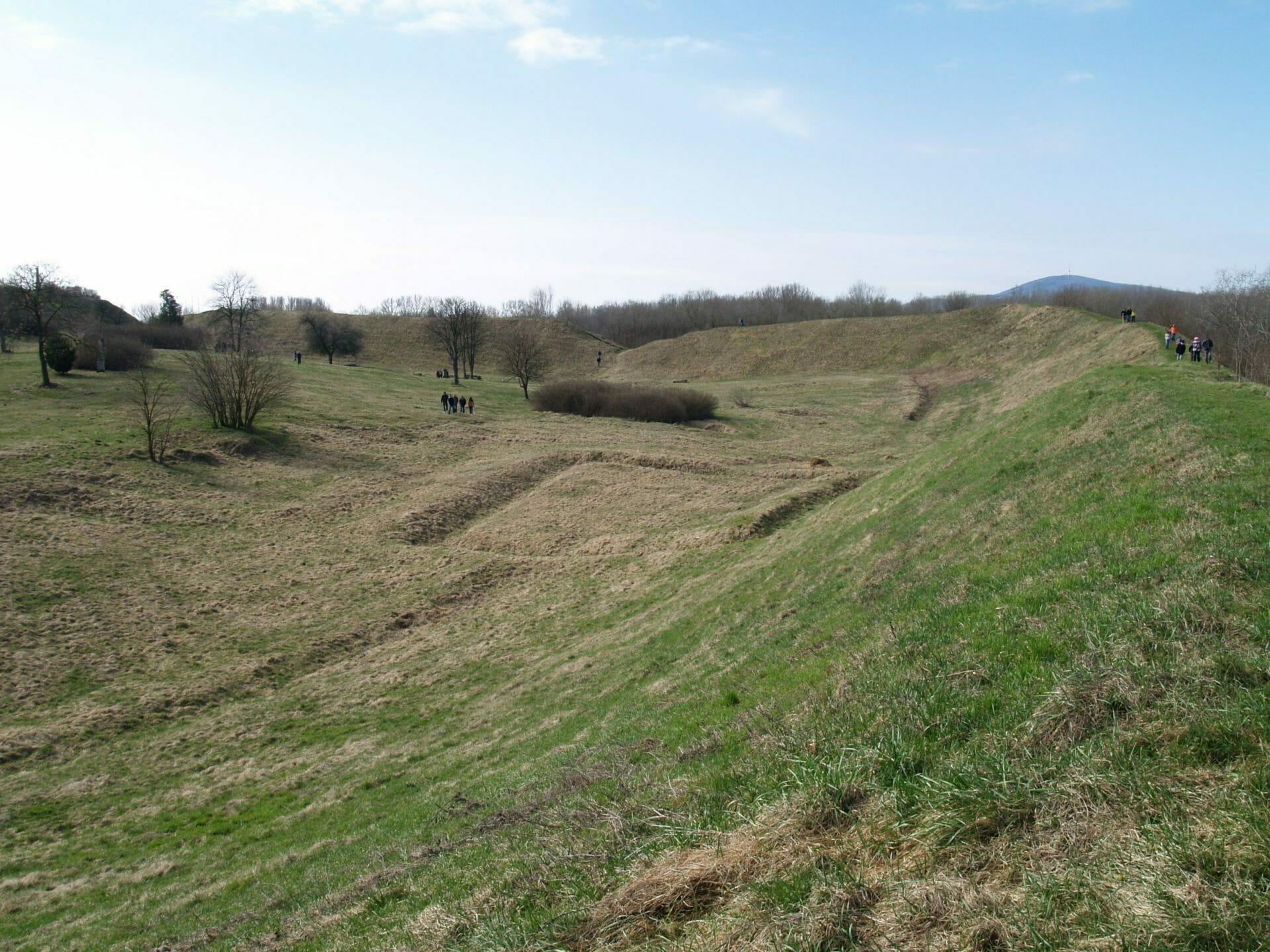 Szabolcs Árpád-kori földváránál