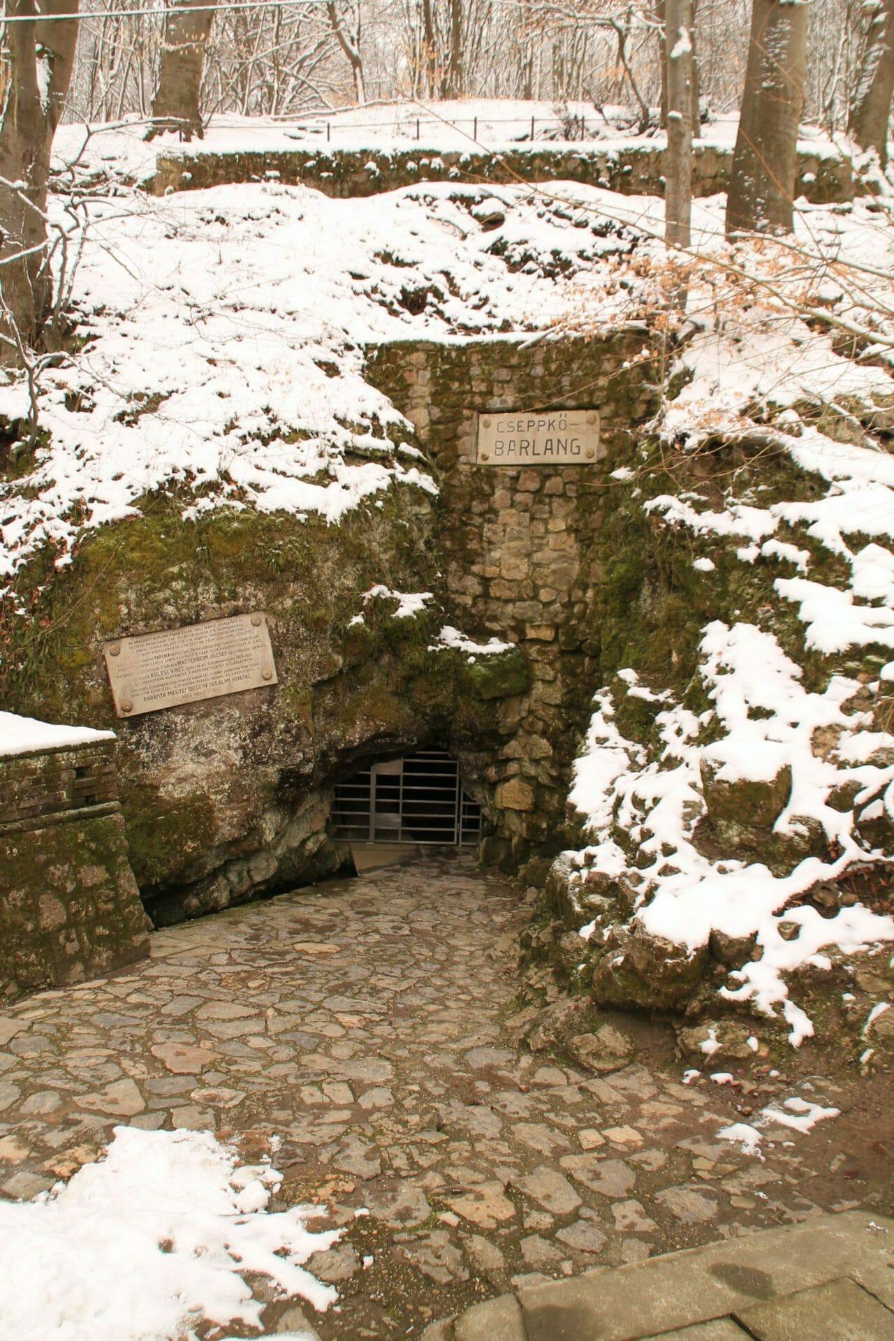 Az Abaligeti-barlang titkai