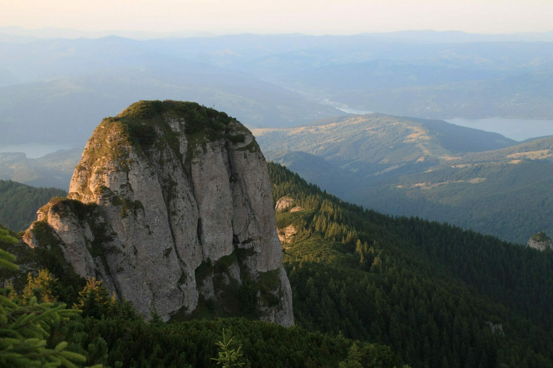 A Csalhó, Moldva Olümposza