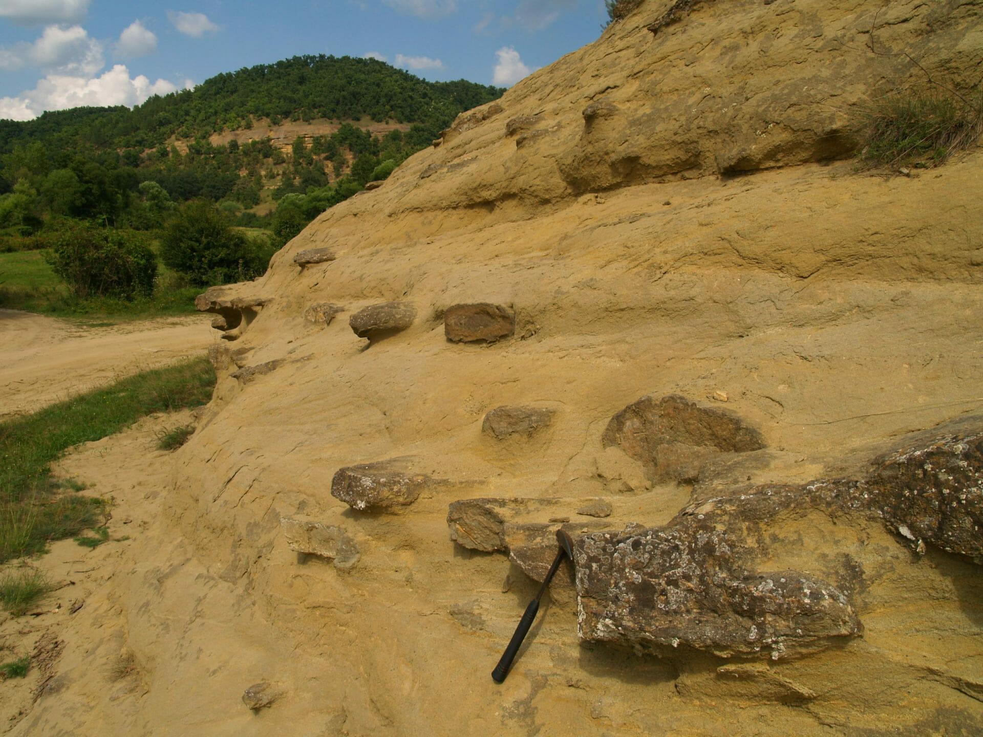 Az ivádi Kis–Lyukas-kő